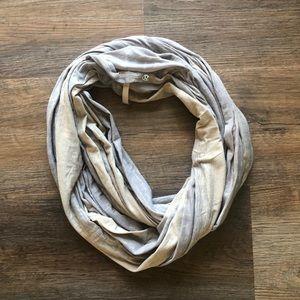 Light lululemon circle scarf